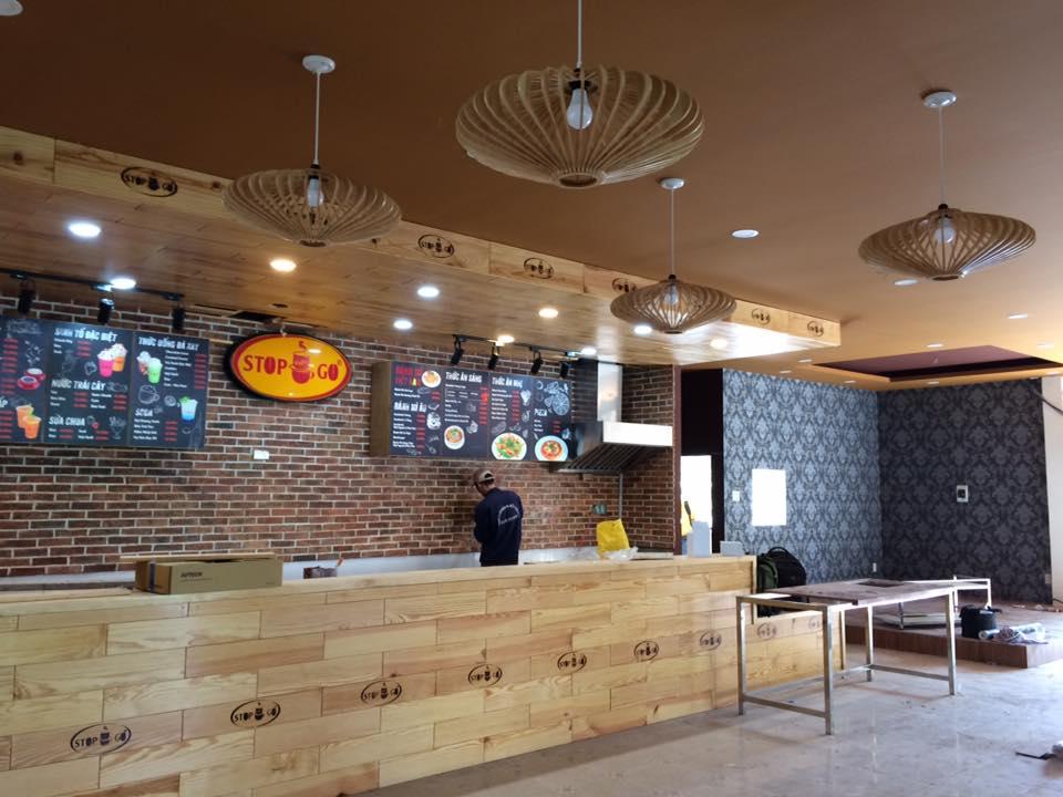 chọn giấy dán tường cho quán cà phê