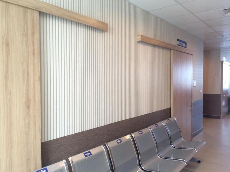 Giấy dán tường hành lang bệnh viện Đồng Nai